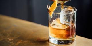 Треть россиян за последний год хотя бы раз пили коньяк
